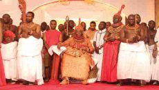 Akpolokpolo, Oba Ewuare II,
